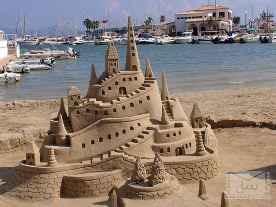 10-Epic-Works-Of-Art-Made-With-Sand