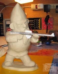 Combat-Garden-Gnomes-12