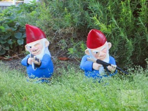 Combat-Garden-Gnomes-3