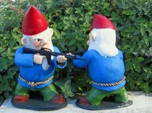 Combat-Garden-Gnomes-4