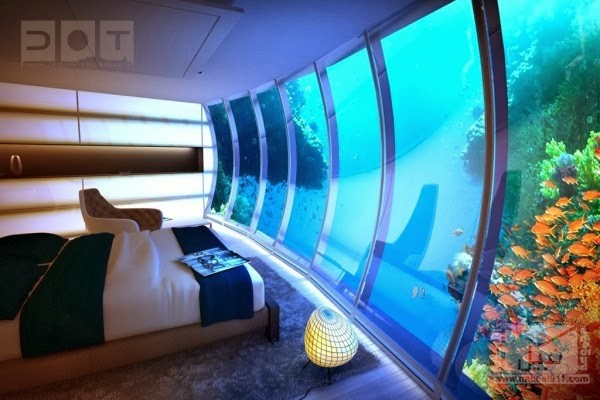 The-underwater-bedroom-at-the-Water-Discus-600x400